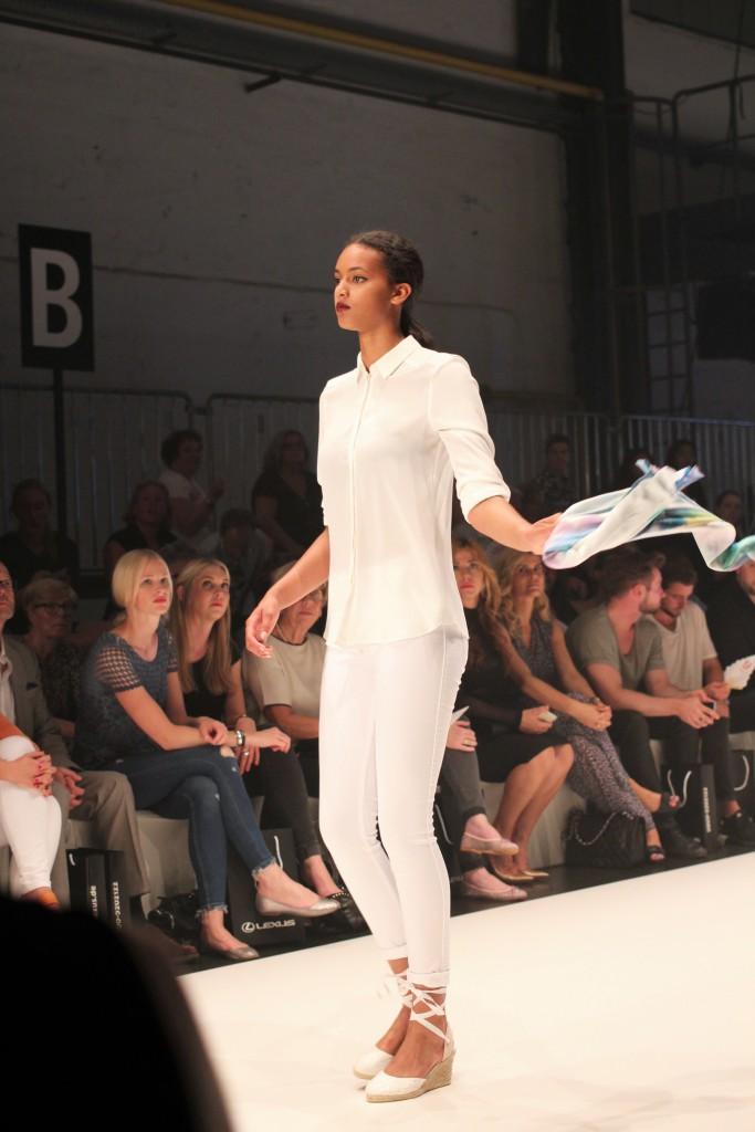 Lillet sucht im Rahmen der Platform Fashion das schönste Tuch der AMD Düsseldorf.